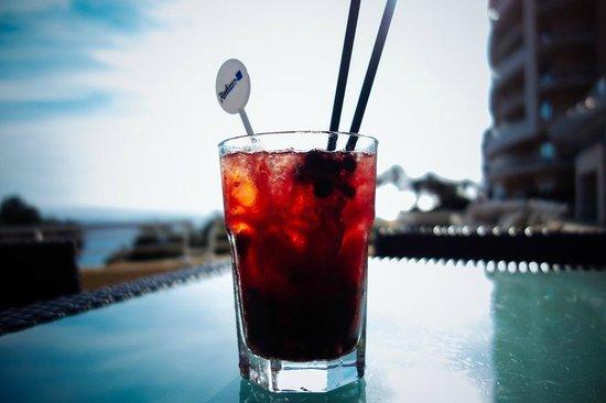 Radisson Blu Resort & Spa, Malta Golden Sands : Berries Mojito @ Mokka Bar