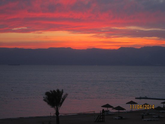 Radisson Blu Tala Bay Resort, Aqaba: Sunset view from our room