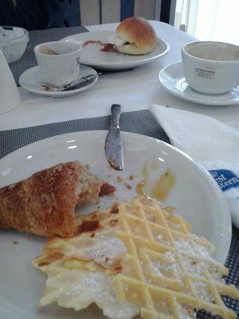 B&B Hotel Duca D'Aosta: colazione dolce salata