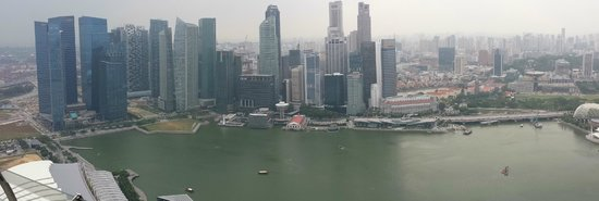 Marina Bay Sands Skypark: Panoramic view of the new business district