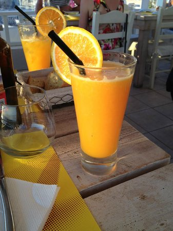 Argo Restaurant: Orange juice