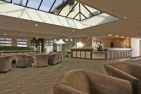 The Peninsula Hotel : Reception
