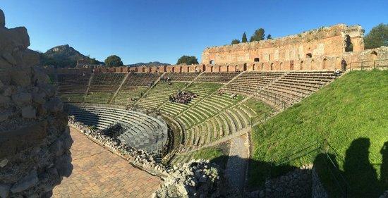 Greek Theatre : Greek Amphitheater