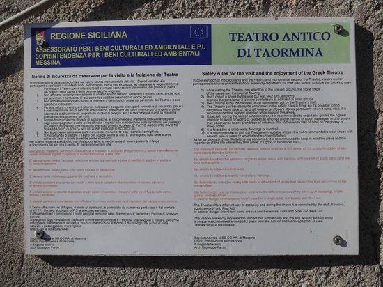 Greek Theatre : Signage
