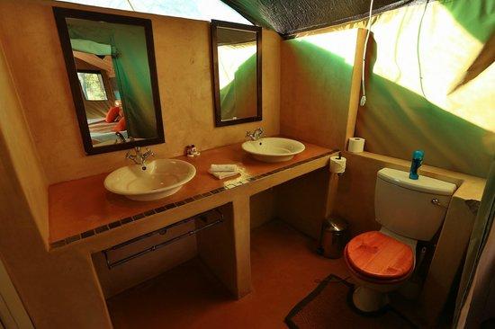 Mogothlo Safari Lodge: Bathroom