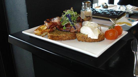 Urbano Bistro : Jo's breakfast