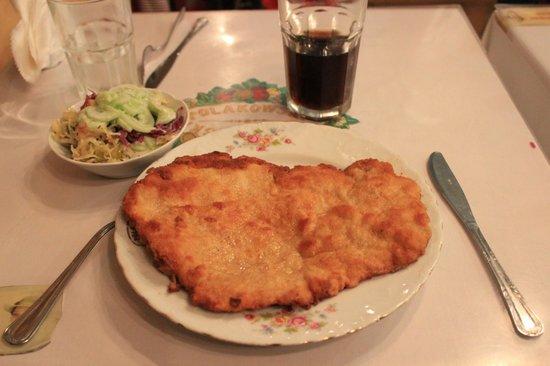 Polakowski Self Service Restaurant: Kotlet au poulet et Salad Bar