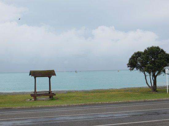 Anchor Inn Motel: sea view