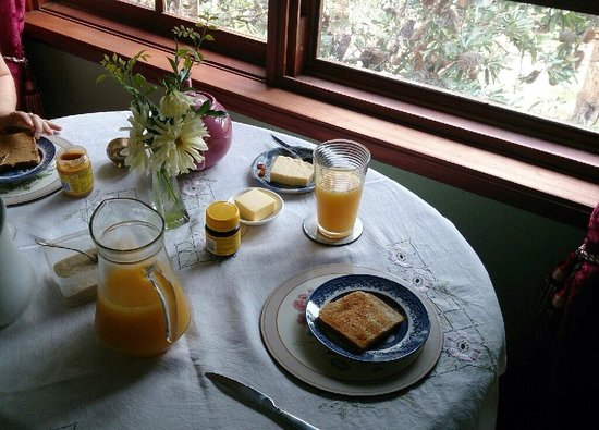 Storey Grange: Breakfast in the grand view