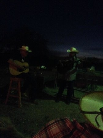Silver Spur Ranch: Songs by the Campfire