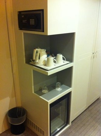 Holiday Inn London-Heathrow M4, Jct. 4 : Room 1040A