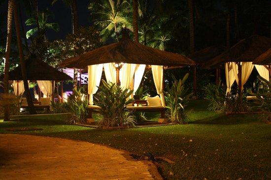 The Laguna, a Luxury Collection Resort & Spa: Hmm