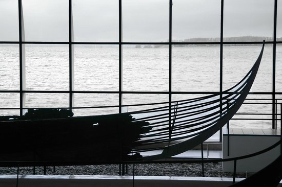 Musée des navires vikings de Roskilde : Blick durch das Panoramafenster