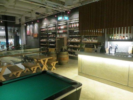 BIG Hotel Singapore - TEMPORARILY CLOSED : Bar area