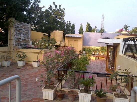 Pics for jayalalitha house in poes garden Jayalalitha house poes garden photos