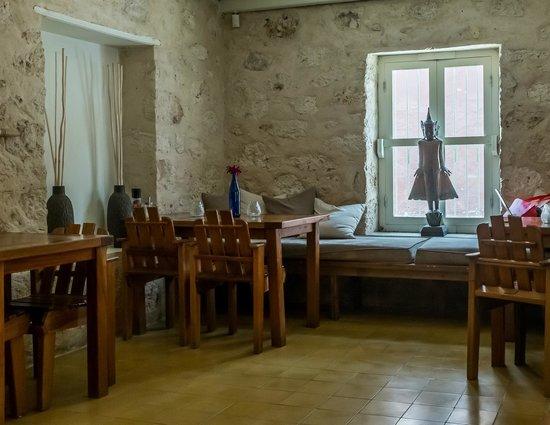 Bistro De Suikertuin: interior