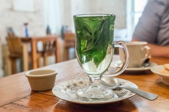 Bistro De Suikertuin: mint tea!