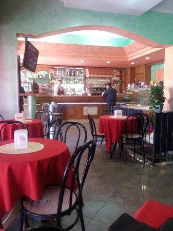 Brancaleone, Italy: mangia e bevi