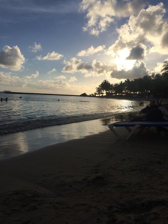 Windjammer Landing Villa Beach Resort: Best time of day