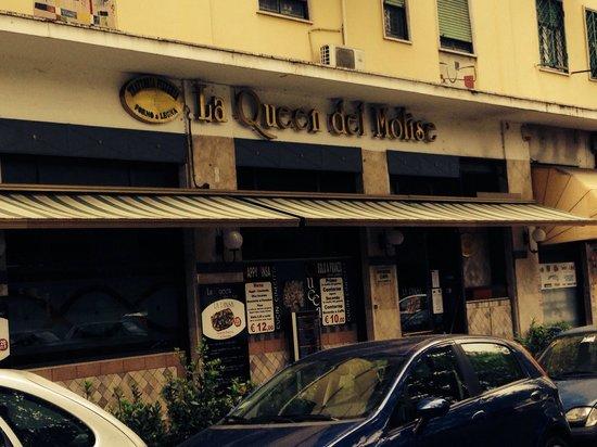 La Queen del Molise: L'esterno