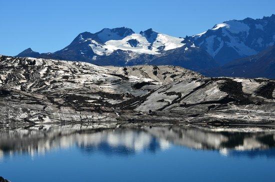 Estancia Cristina: A small mirror lake near Upsala Glacier