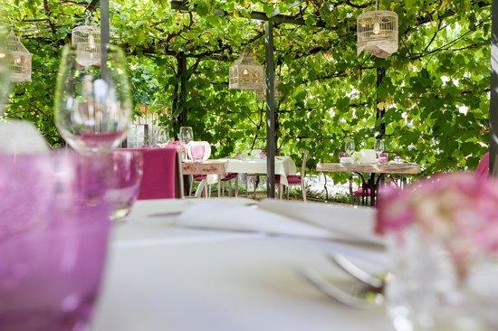 Hotel Rebe: Romantischer Garten