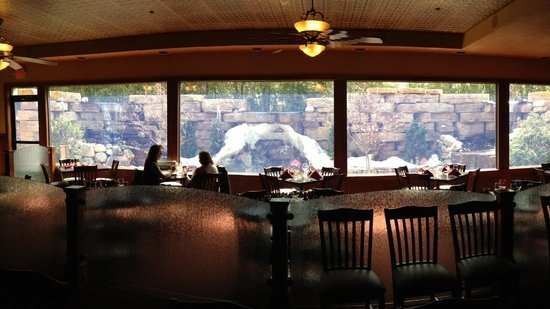 Copper Falls Steakhouse: What a beautiful place