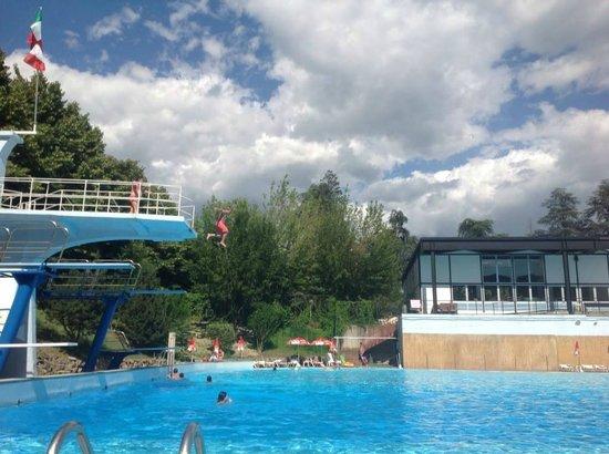 Acqui terme al la piscina termale presso le antiche terme foto di piscine di acqui terme - Piscina di acqui terme ...