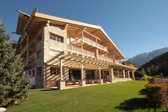 Hotel Portillo Dolomites: Foto esterna dopo ristrutturazione