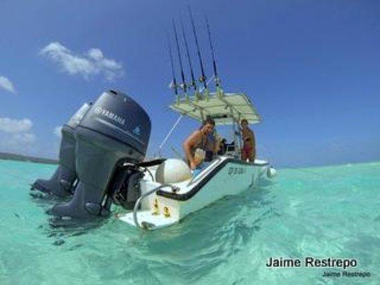 San Andres Diving & Fishing: New Motors