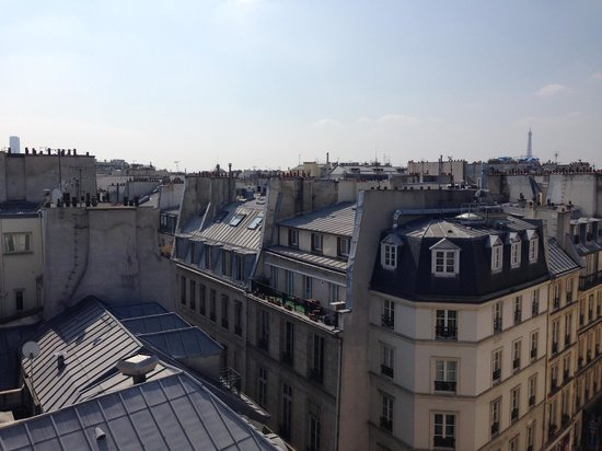Lyric Hotel Paris: View from 6th floor