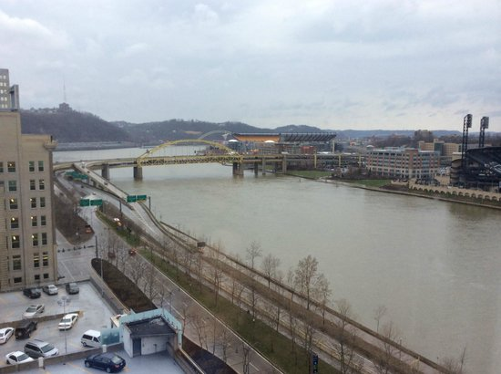 Renaissance Pittsburgh Hotel: View from room 1105