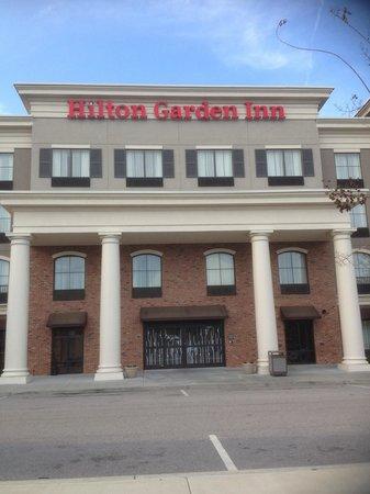 Hilton Garden Inn Beaufort: Southern hospitality inside