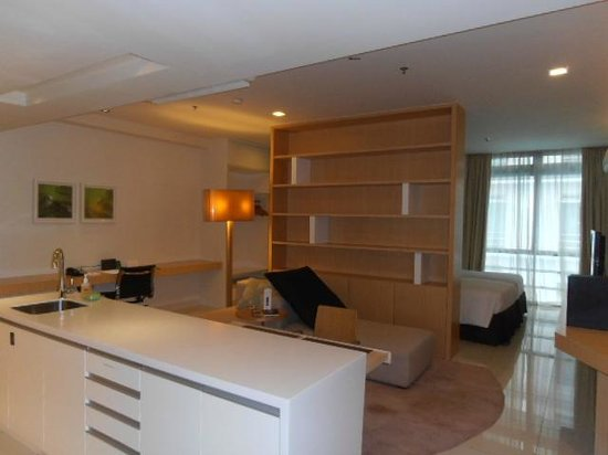 PARKROYAL Serviced Suites Kuala Lumpur : up-grade room