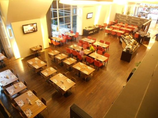 PARKROYAL Serviced Suites Kuala Lumpur: breakfast here