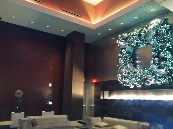 MGM Grand Detroit : Beautiful Lobby