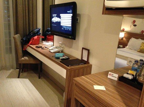 Rasuna Icon Jakarta: Room