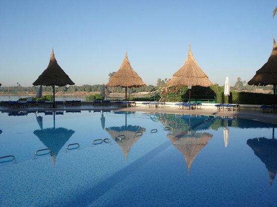 Jolie Ville Hotel & Spa - Kings Island, Luxor : Pool area, old pool