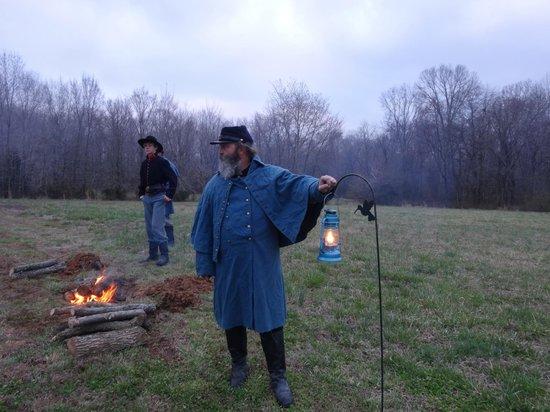 Parkers Crossroads Battlefield Tour: Lantern Tour