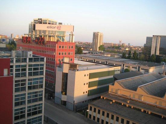Klima Hotel Milano Fiere: Vista da janela para a cidade
