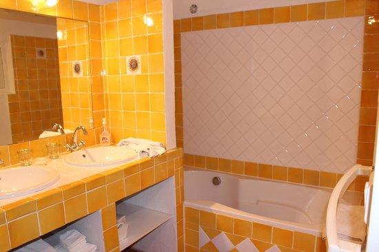 Le Mas Destonge : Van Gogh Room - Bathroom