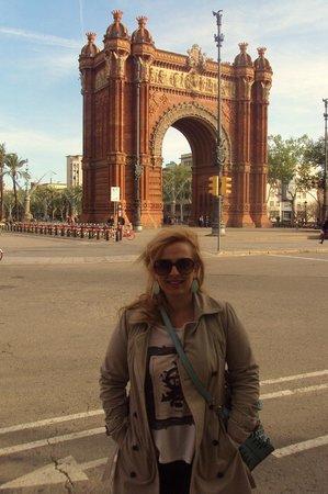 Arco del Triunfo (Arc del Triomf): :)