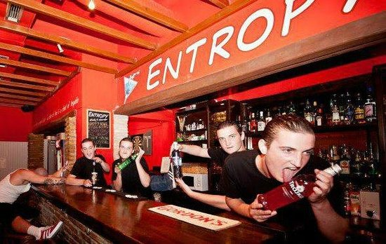 Entropy Bar: drinks & disorder