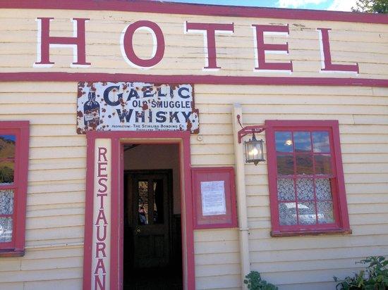 Cardrona Hotel: Entrance