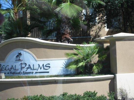 Regal Palms Resort & Spa: entrance