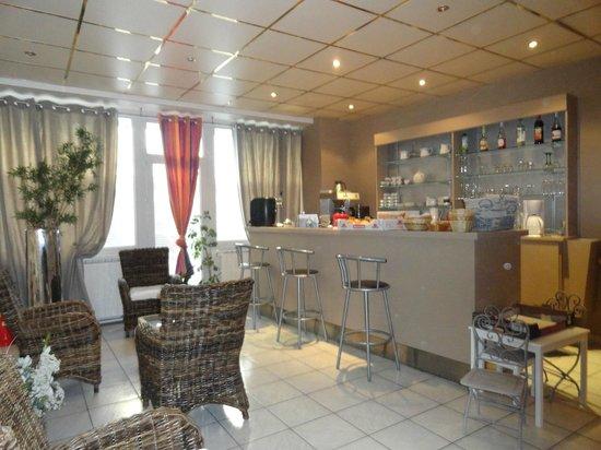 Hotel Louise de Savoie : COIN BAR