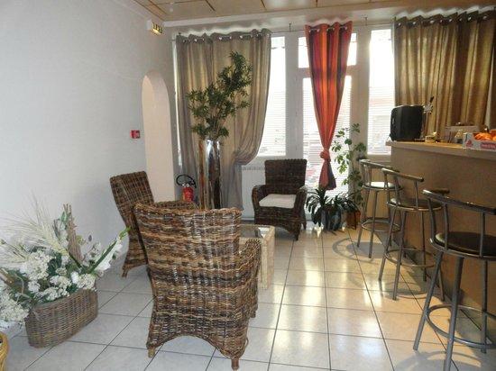 Hotel Louise de Savoie : BAR