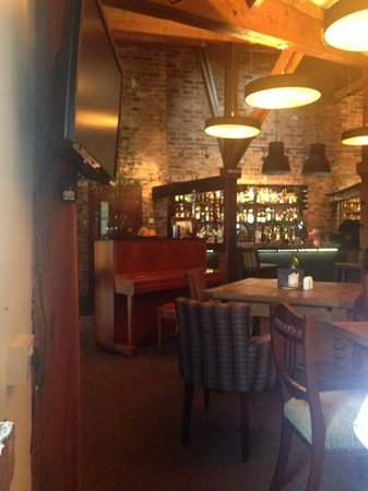 Middletons York: thr bar