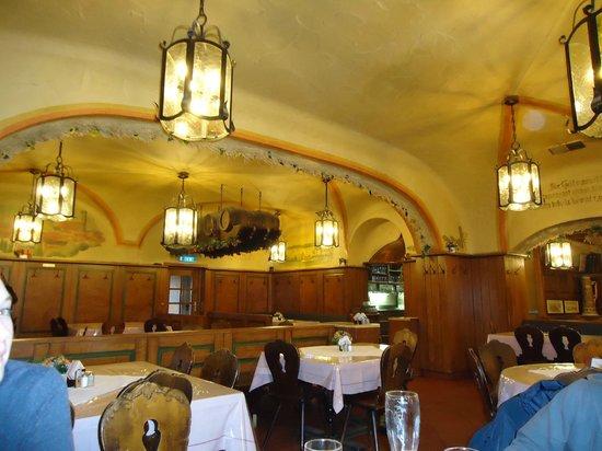 Rechthaler-Hof: Restaurant interior