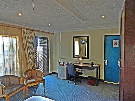 Constantia Manor Guest House: Room